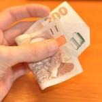 Chybí vám pár tisíc do výplaty? Sáhněte po nebankovní půjčce.