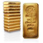 Cena zlata je nejvýš za posledních deset let. Na prodeji investičního zlata nyní vyděláte